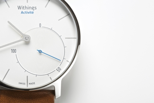 1.Withings_Activit-_flagship_close-up